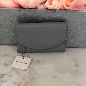 Skagen genuine leather cardholder